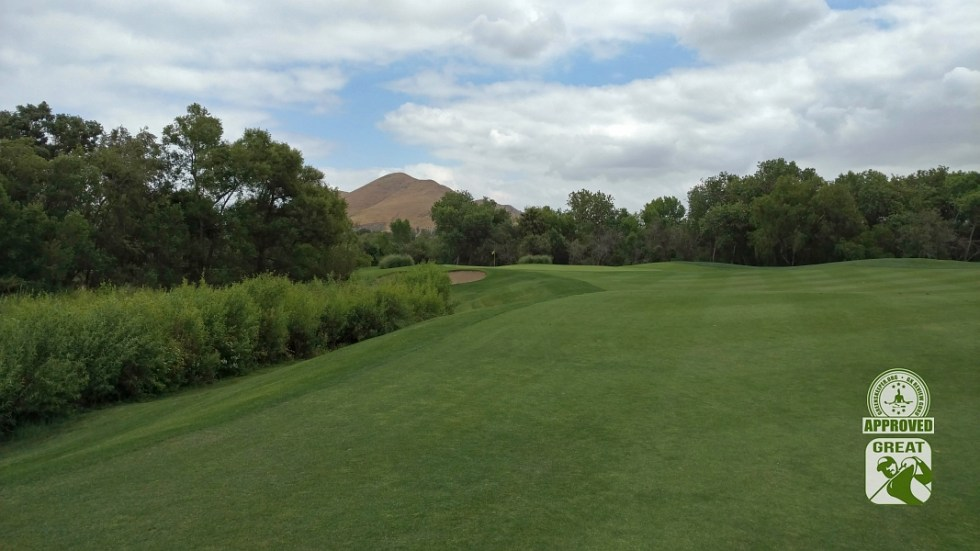 Goose Creek Golf Club Mira Loma California GK Review Guru Visit - Hole 7 Approach