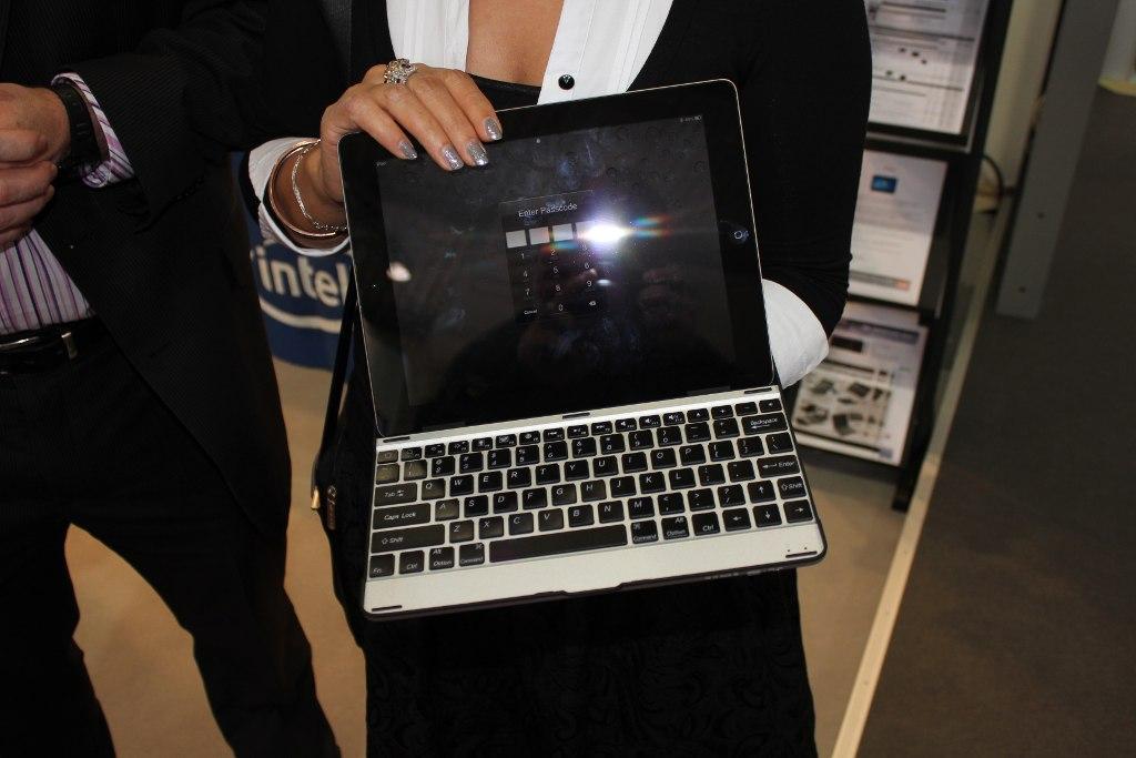 Cebit 2012 – IPad Tastatur und andere nützliche Dinge