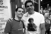 New Employee Larry Francis poses with Lou Ferrigno