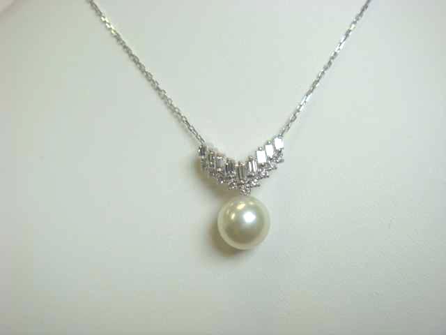 V字ダイヤモンドリングと真珠のリフォーム