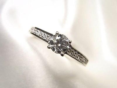 プロポースの婚約指輪【神戸 元町】