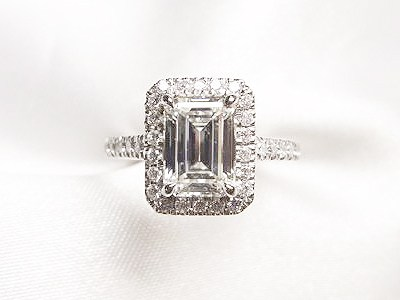 1ctUPエメラルドカットのダイヤモンドリングをご婚約指輪へリフォーム【神戸 元町】