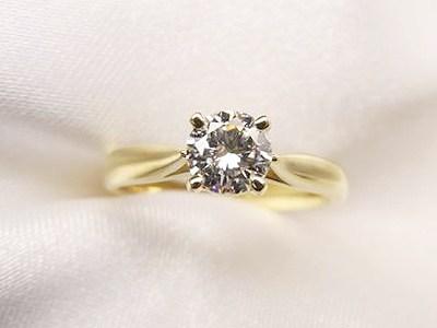 0.4ctUPのダイヤモンドをK18イエローゴールド製でシンプルリングへリフォーム【神戸 元町】