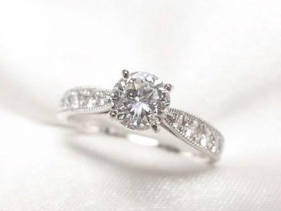 0.6ctUPダイヤモンドをアンティーク風のご婚約指輪へリフォーム【神戸 元町】