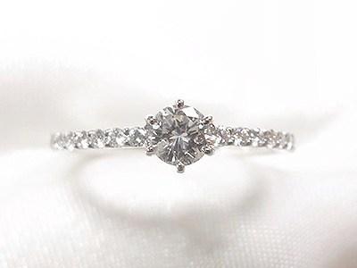お母様のダイヤモンドをエタニティ風のエンゲージリングへリフォーム【神戸 元町】