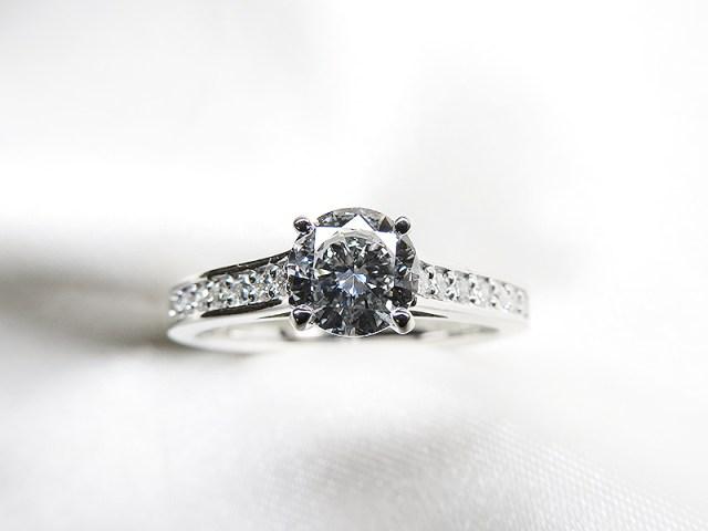 立爪0.5ctダイヤをカッチリ系リングへリフォーム