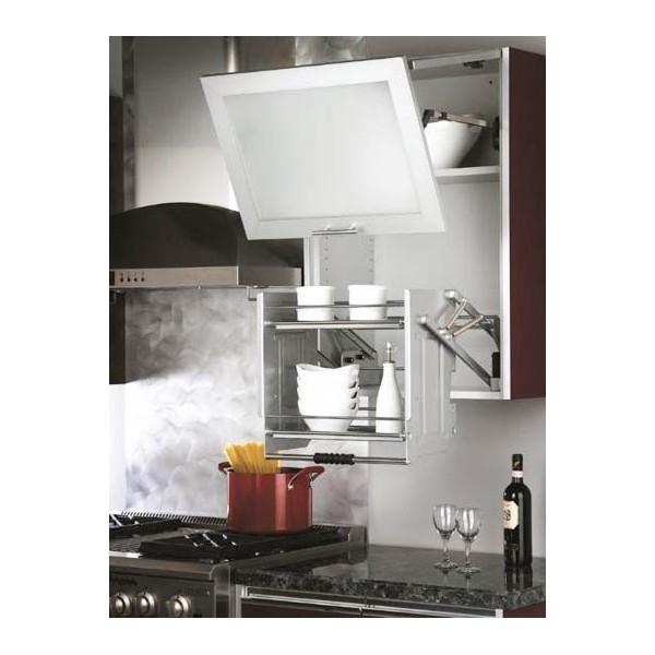 Un exemple de meuble adapté pour sénior : une étagère de cuisine réglable