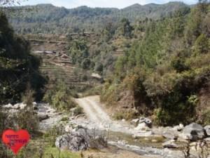 Die Schule liegt entlegen im Distrikt Sindhupalchowk.