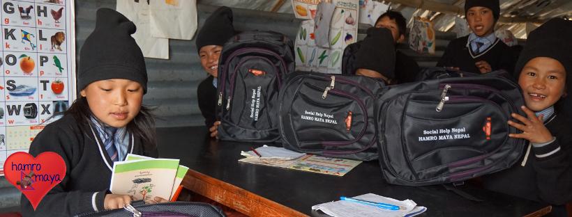 Schultaschen für Schulkinder in Sindhupalchowk 2