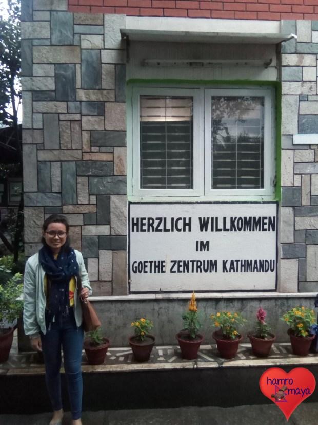 Unser Patenkind Manita lernt Deutsch.