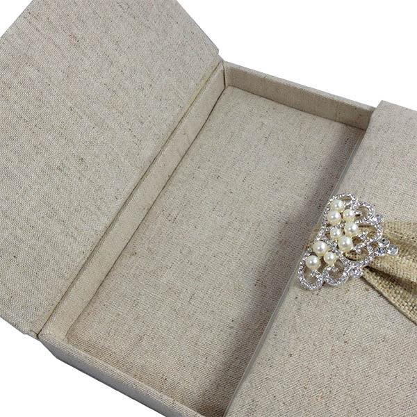 Hand-made box for wedding invitations
