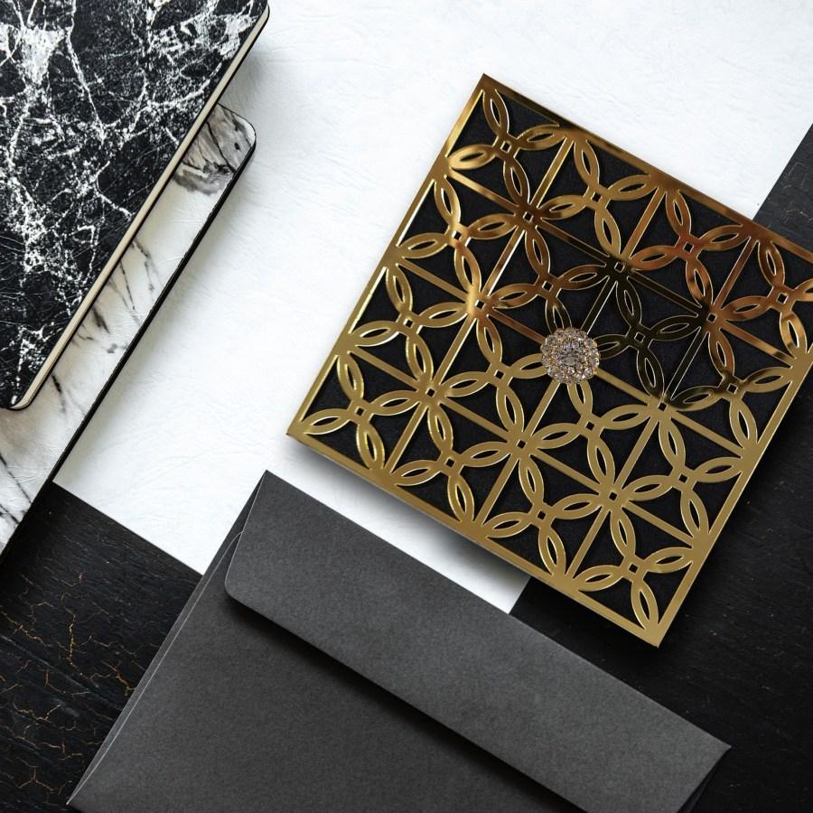 Acrylic custom wedding invitation box