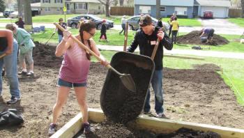 Central road School Garden Volunteers