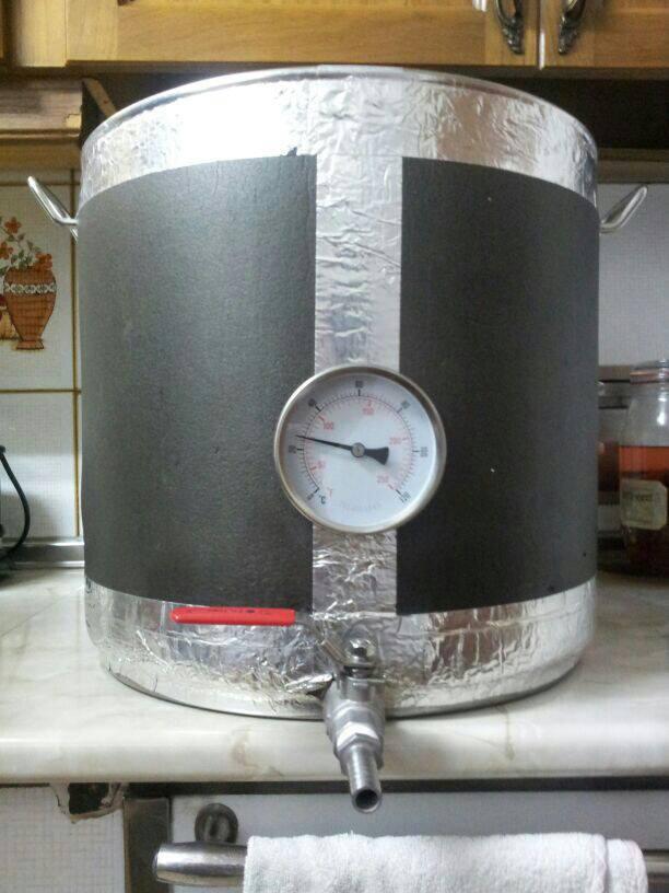 Así queda después de poner un termometro bimetal en una olla