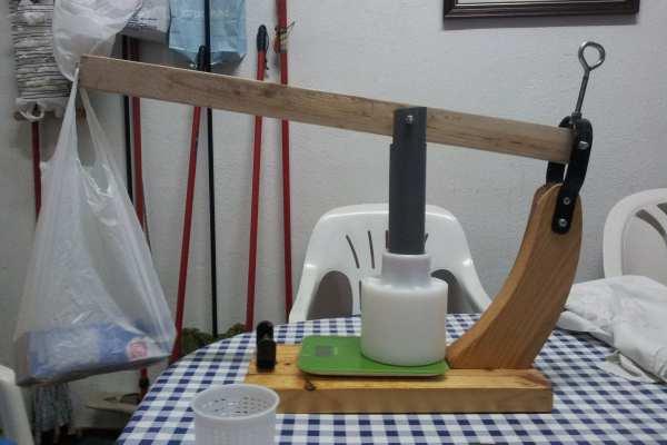 Prensa de palanca para queso