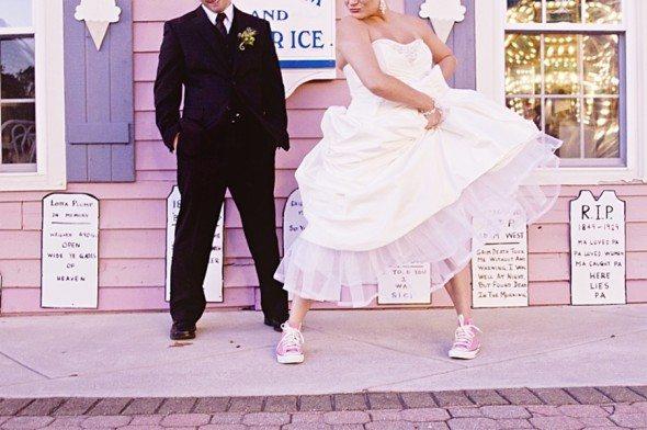robes de mariée à porter avec converse Akileos
