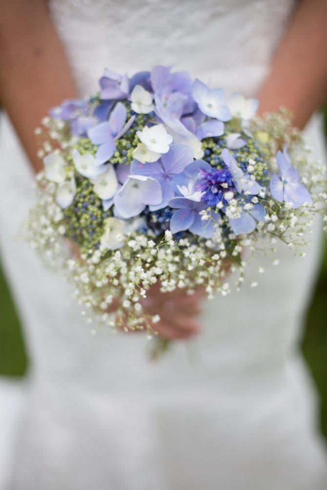 Joli bouquet bleut - Bouquet mariee bleu ...