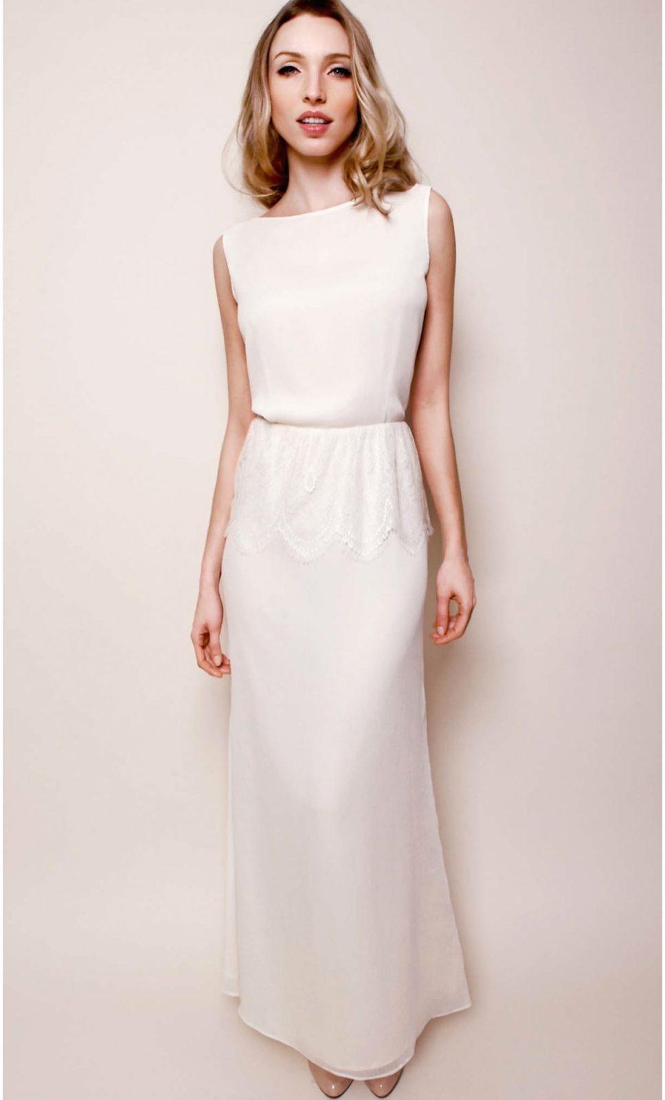 la robe du dimanche une robe blanche longue en soie et dentelle happy chantilly. Black Bedroom Furniture Sets. Home Design Ideas