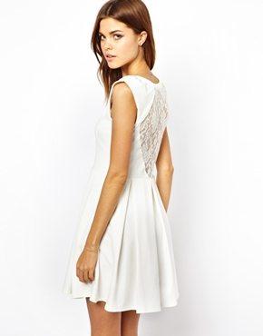 La robe du dimanche 2 robe blanche dos nu et dentelle - Robe dentelle dos nu ...