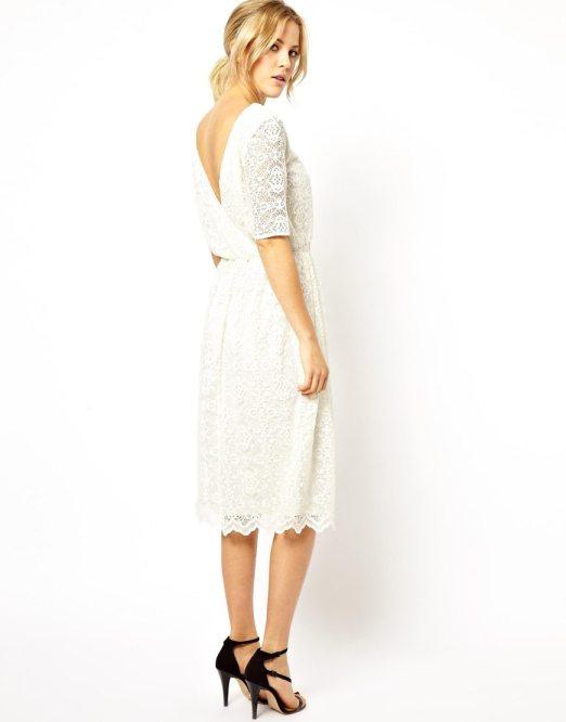 Robe du dimanche de jolies petites robes blanches - Robe mariee dos nu dentelle ...
