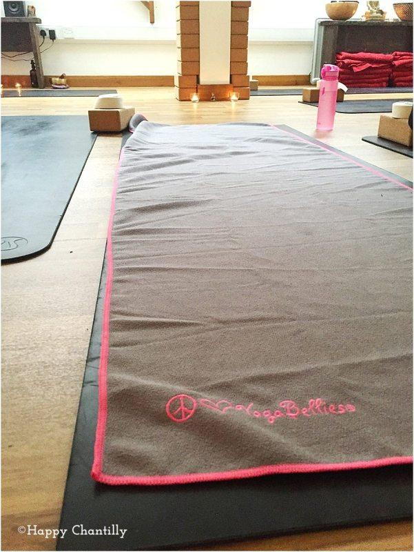le-materiel-de-yoga-pour-les-cours-en-studio