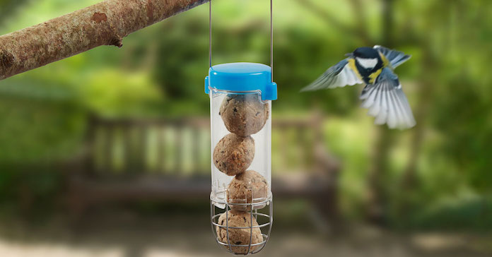 The Get Set Go Suet Ball Feeder from Happy Beaks