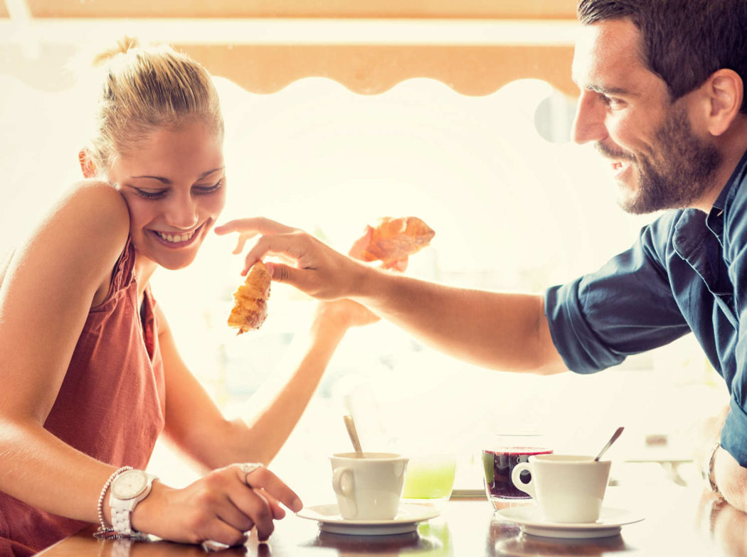 online dating tegenstellingen aantrekken goede dating Headlines