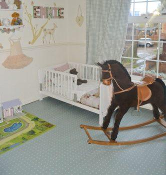 Children's vinyl floor bedroom