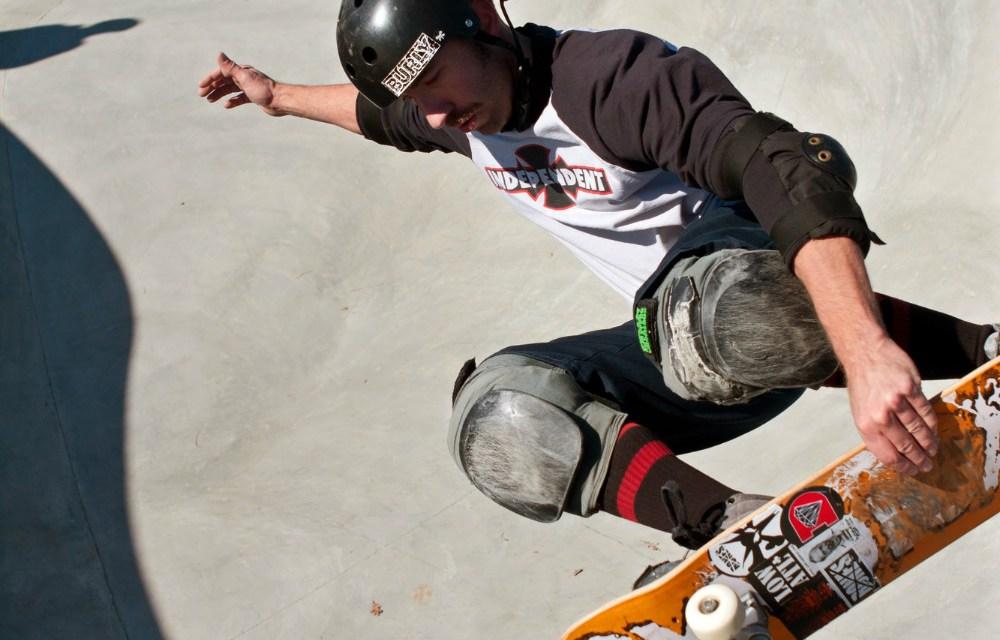 5 equipamentos de proteção essenciais para andar de skate