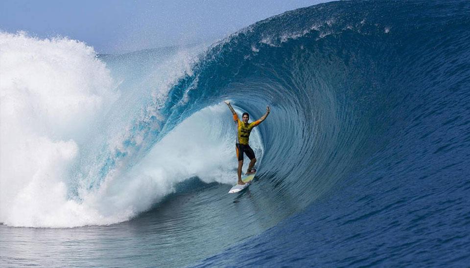 campeonatos de surf teahupoo