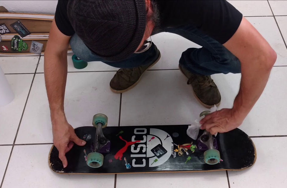 como cuidar do skate shape seco