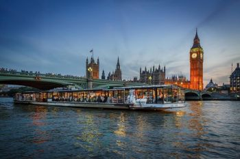 river cruise on the Thames with views of Big Ben.