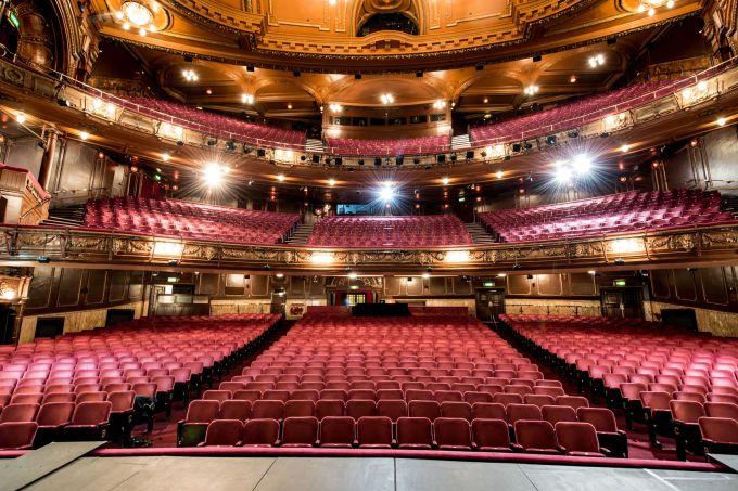 palladium theatre with hundreds of seats