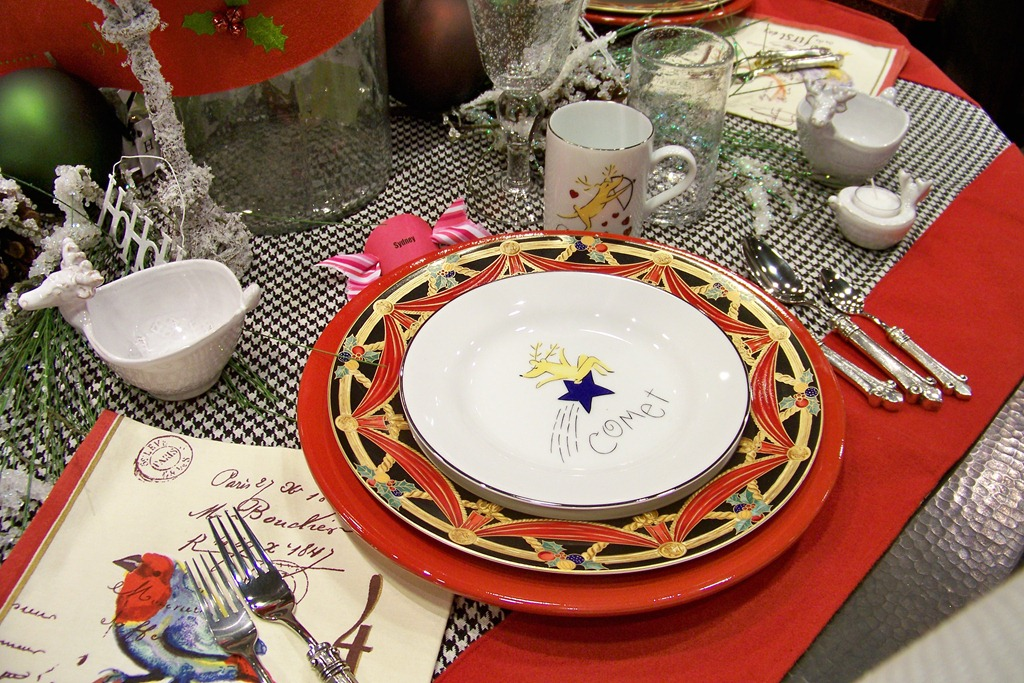Holiday Tablescapes Tips For Decorating Your Holiday