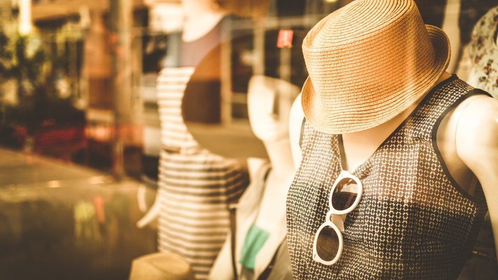 6 Safe Ways To Keep Your Boutique Going During Coronavirus