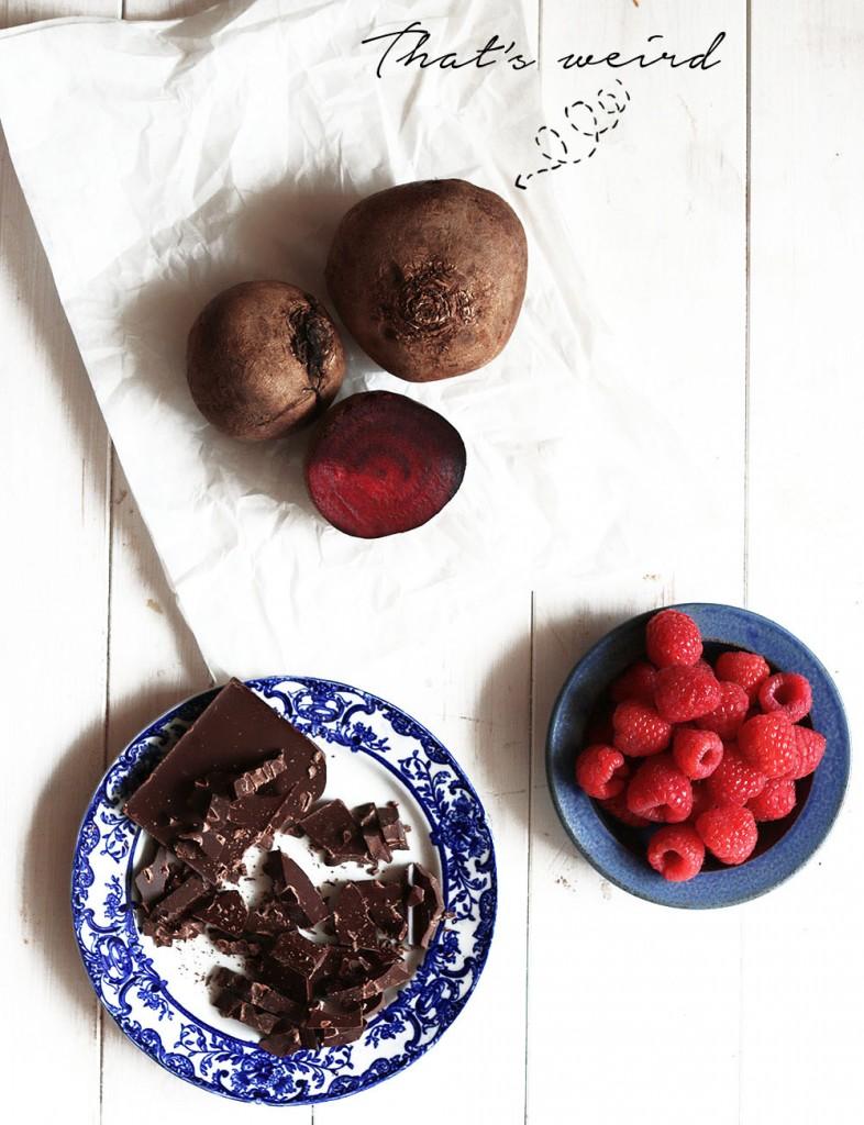 Crumble met rode biet en chocolade