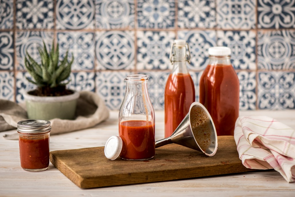 Chilisauce selber machen: Fertige Sauce
