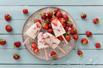 Ice Lollies Recipe: Strawberry and Cream