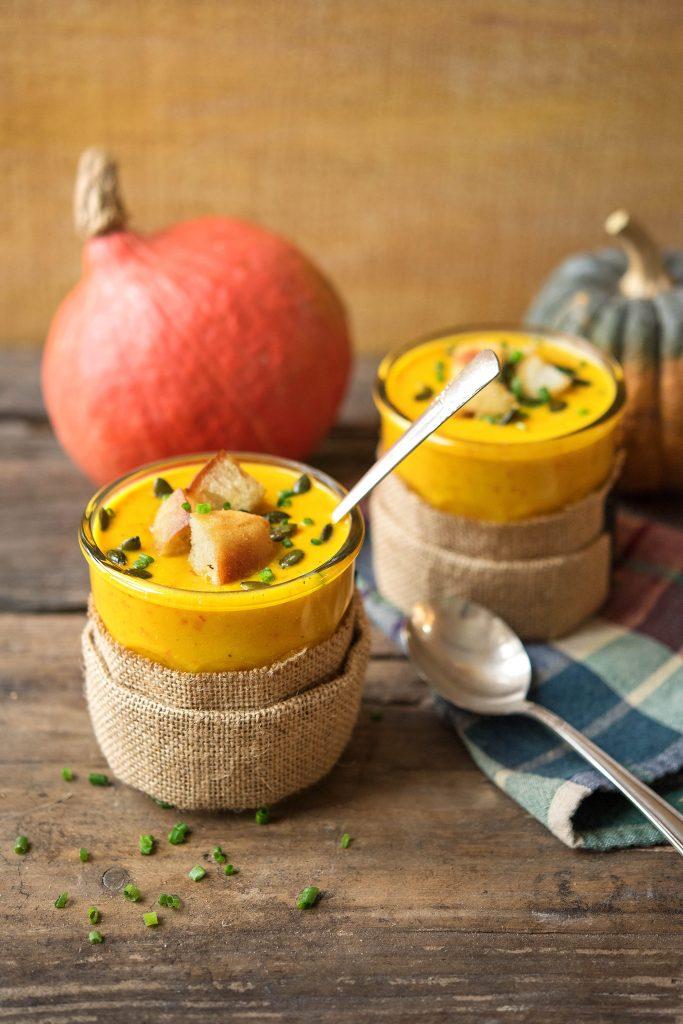 Herbstliche Kürbissuppe im Glas: Kürbissuppe im Glas