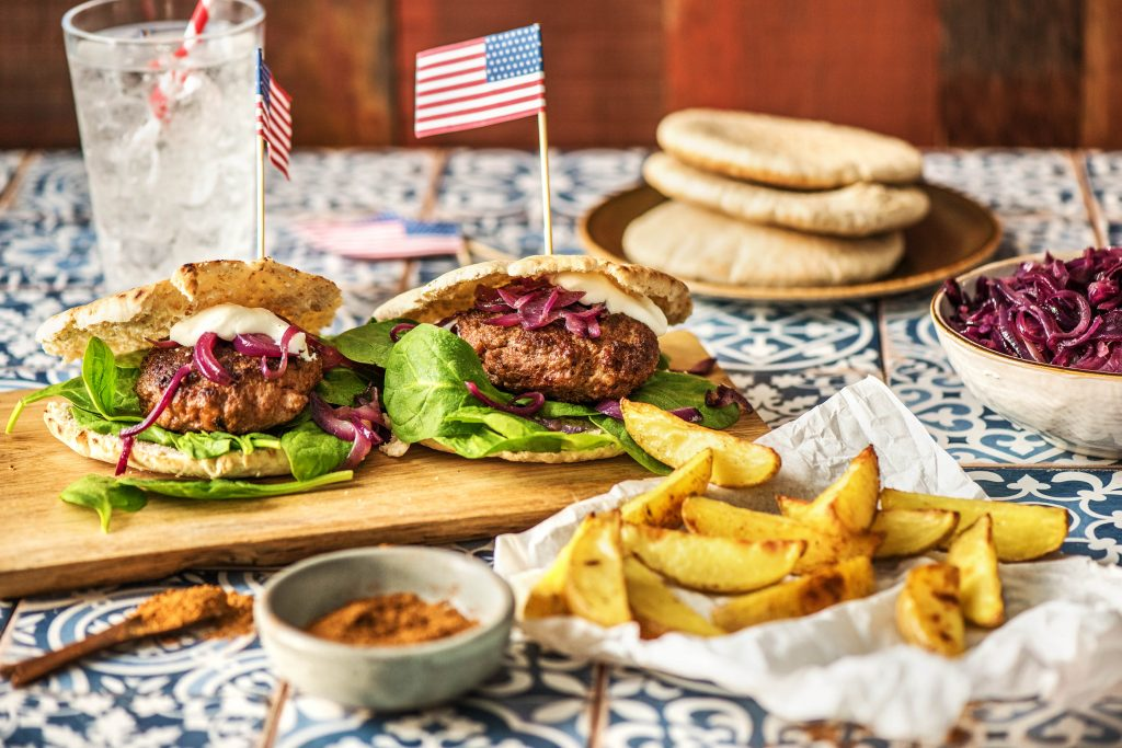 HF170128_ExtraShot_UK_Twist_on_an_old_classic_Burger_ 17_low