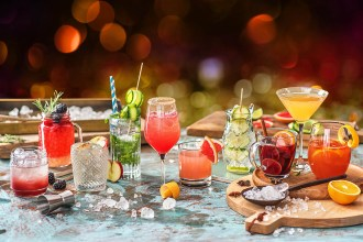 4 Easy Cocktail Recipes To Enjoy This Christmas