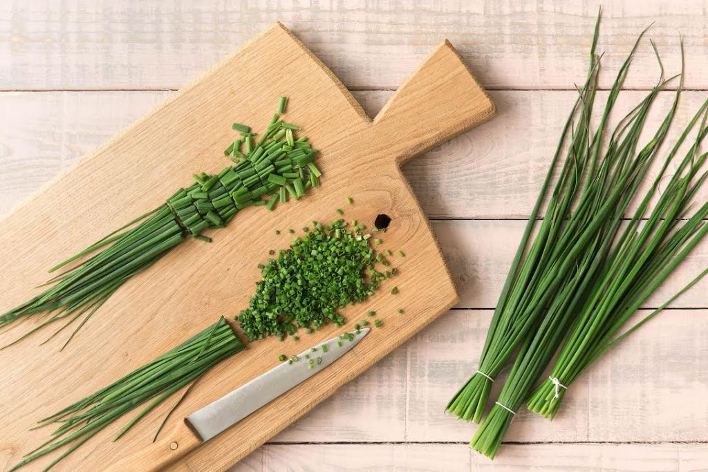 how to store fresh herbs-veggies-HelloFresh