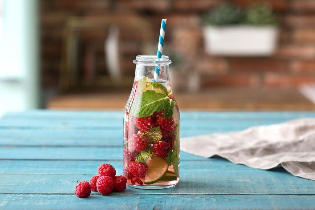 infused water-raspberries-mint-lime-HelloFresh