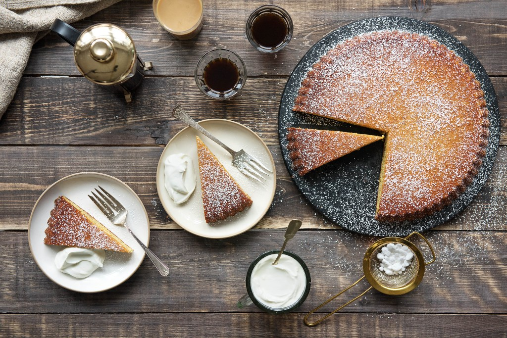 orange-almond cake-recipe-HelloFresh