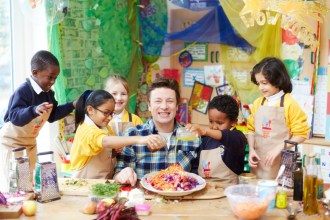 Jamie Oliver Wants to Get Kids Cooking!