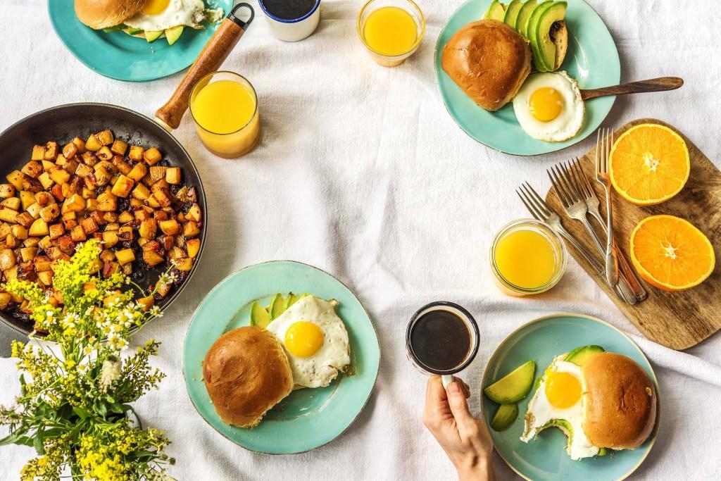 easy breakfast recipes-chorizo-egg-sandwich-HelloFresh