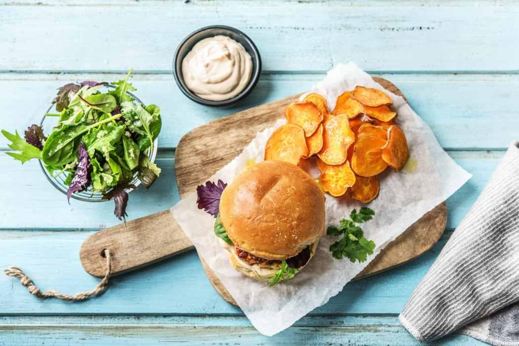 Hall of Fame-favorite food-sriracha-turkey-burger-HelloFresh