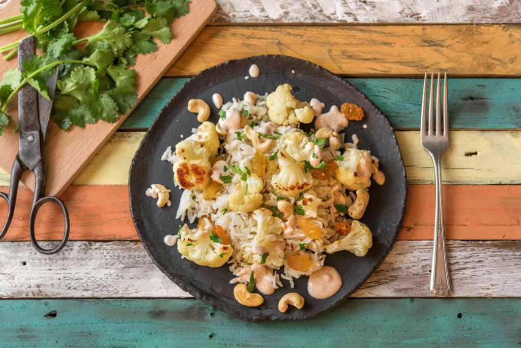 cilantro recipes-oven-roasted-cauliflower-tunisian-yogurt-cashews-reservation-in-HelloFresh