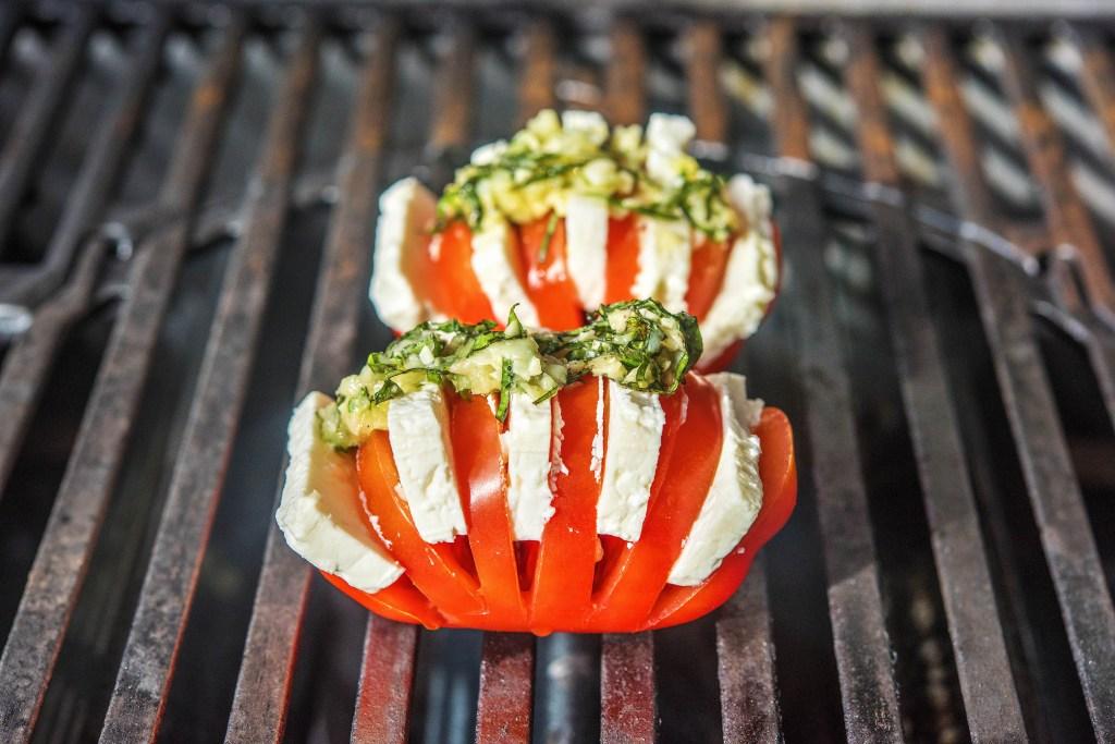 how to grill-tomatoes-mozzarella-recipes-HelloFresh