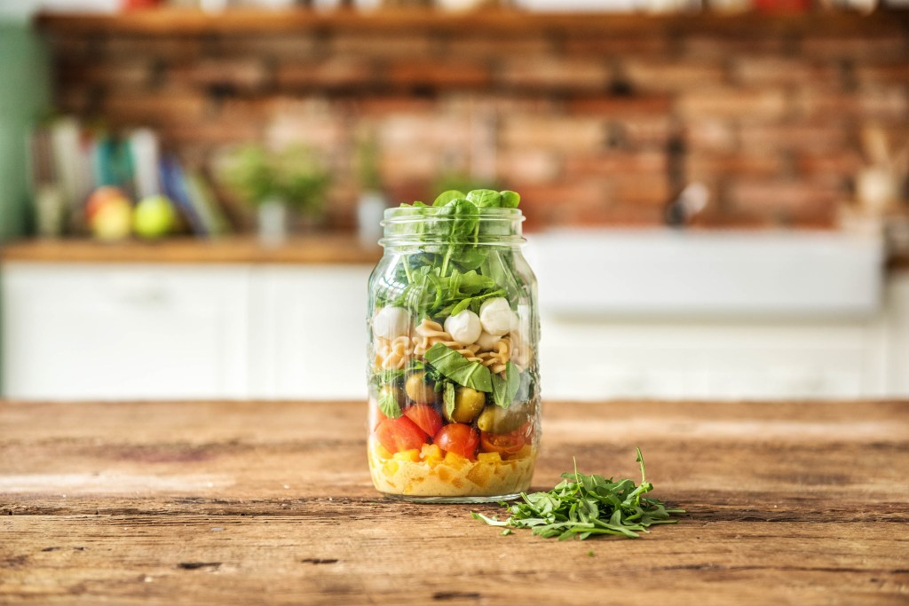 summer salads-recipes-mason-jar-mozzarella-pasta-tomatoHelloFresh